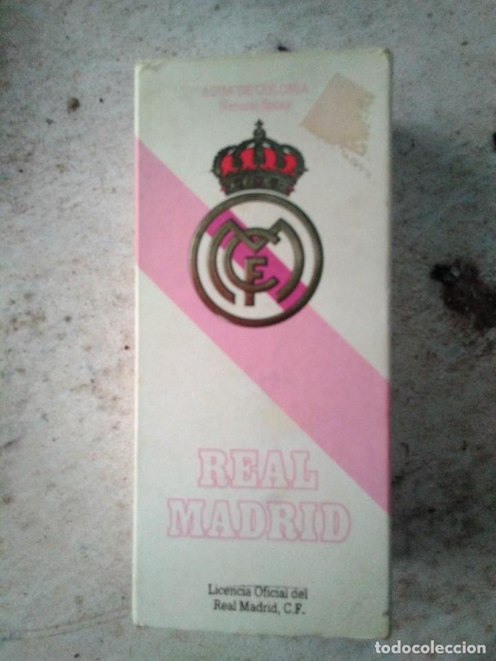 Coleccionismo deportivo: Botella vacía colonia Real Madrid - Foto 3 - 121287195