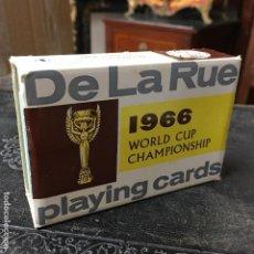 Coleccionismo deportivo: JUEGO DE CARTAS DE POKER DE DE LA RUE DE LA JULES RIMET CUP, COPA DEL MUNDIAL DE 1966 EN INGLATERRA. Lote 122538415