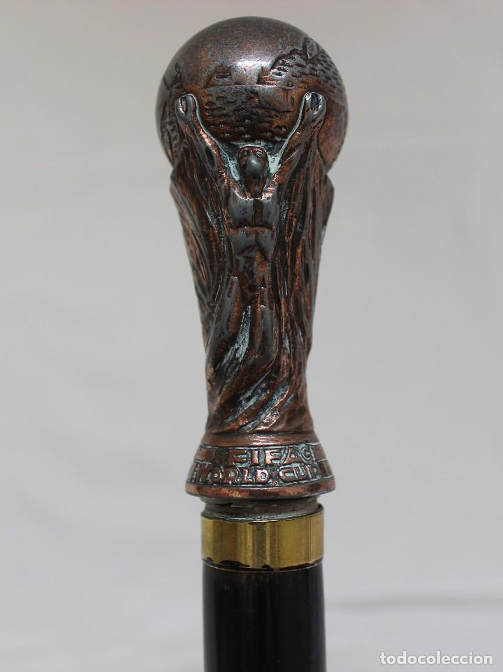 BASTÓN COPA DEL MUNDIAL DE FÚTBOL DE LA FIFA (Coleccionismo Deportivo - Merchandising y Mascotas - Futbol)