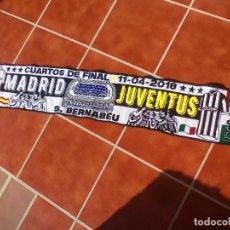 Coleccionismo deportivo: BUFANDA REAL MADRID - JUVENTUS FUTBOL. Lote 128858171
