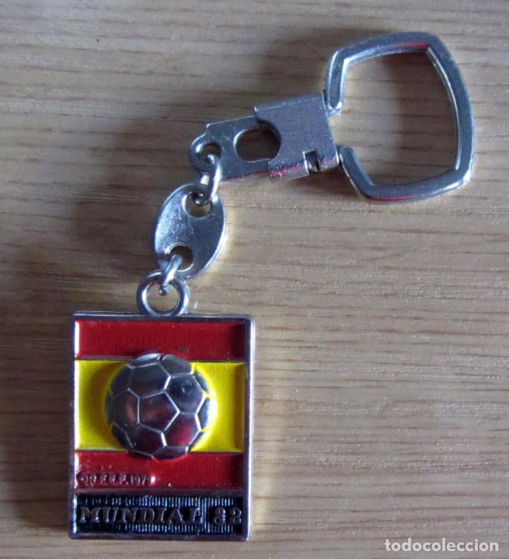 LLAVERO FUTBOL KEYRING FOOTBAL MUNDIAL ESPAÑA 1982 FIFA WORLD CUP FOOTBALL SPAIN 82 (Coleccionismo Deportivo - Merchandising y Mascotas - Futbol)