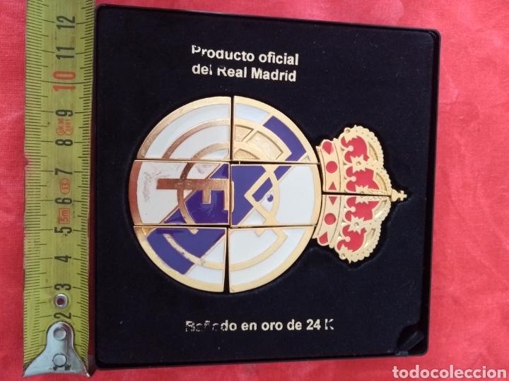 Coleccionismo deportivo: Escudo oficial del real Madrid - Foto 7 - 133370362