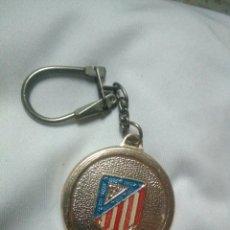 Coleccionismo deportivo: LLAVERO ANTIGUO ATLETICO MADRID. Lote 134924786