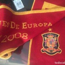 Coleccionismo deportivo: BUFANDA SELECCION ESPAÑOLA CAMPEONES EUROPA 1964/2008 ORIGINAL OFICIAL ADIDAS. Lote 135189086