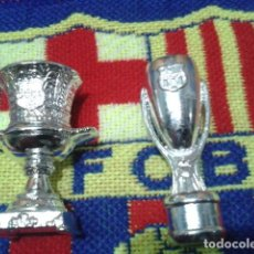 Coleccionismo deportivo: FIGURAS F.C. BARCELONA ( 2 COPAS ) 1997 MUNDO DEPORTIVO. Lote 135370406