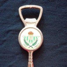 Coleccionismo deportivo: ABRIDOR ABRECARTAS REAL BETIS BALOMPIE. Lote 137495566