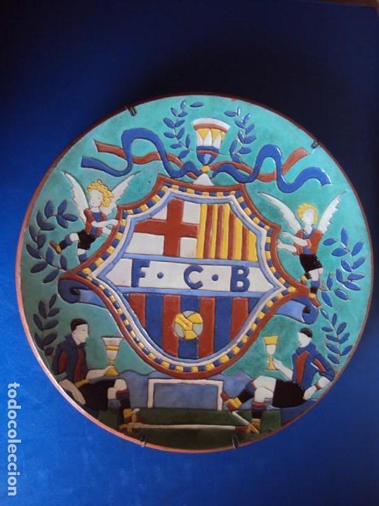 Coleccionismo deportivo: (F-181098)CERAMICA Y REVISTA ESCUDO F.C.BARCELONA AÑOS 20 . JOSEP ARAGAY BLANCHART (1889-1973) - Foto 2 - 137714414