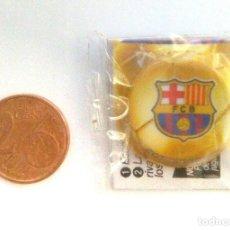 Coleccionismo deportivo: CHAPA, ESCUDO FÚTBOL CLUB BARCELONA. Lote 138867242