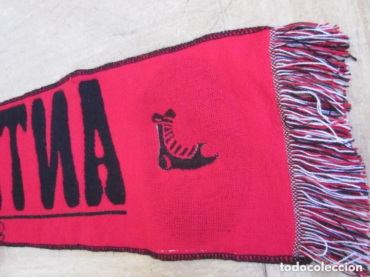 Coleccionismo deportivo: Bufanda Antimadridista grande Ultra Fútbol Supporters 126 cm largo negra roja - Foto 4 - 139155670