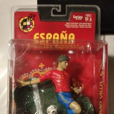 Coleccionismo deportivo: FIGURA MUÑECO ACCIÓN FTCHAMPS FT CHAMPS DAVID VILLA ESPAÑA SELECCIÓN ESPAÑOLA SPORTING GIJON 15 CM. Lote 141215926