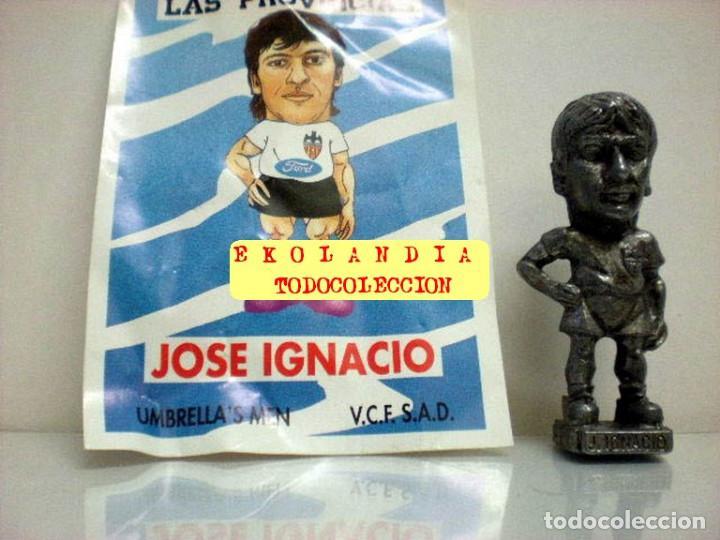 Coleccionismo deportivo: 20 FIGURITAS METALICAS EKL JUGADORES DEL VALENCIA FC, FUTBOLISTAS EN MINIATURA - Foto 11 - 144839298