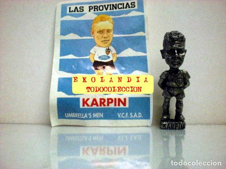 Coleccionismo deportivo: 20 FIGURITAS METALICAS EKL JUGADORES DEL VALENCIA FC, FUTBOLISTAS EN MINIATURA - Foto 14 - 144839298