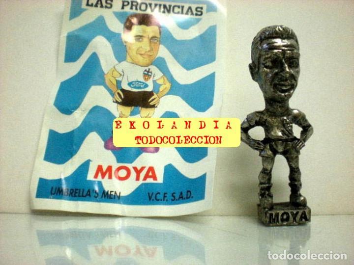Coleccionismo deportivo: 20 FIGURITAS METALICAS EKL JUGADORES DEL VALENCIA FC, FUTBOLISTAS EN MINIATURA - Foto 20 - 144839298