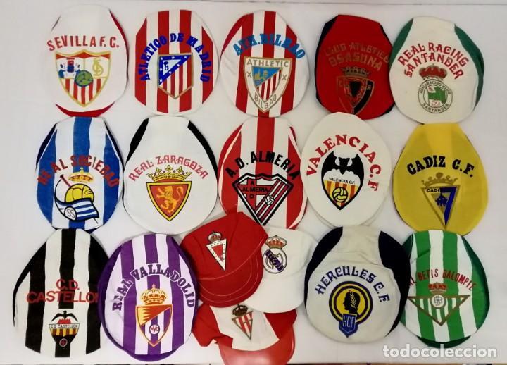 LOTE DE 17 GORRAS DE EQUIPOS DE FUTBOL ESPAÑOLES. (Coleccionismo Deportivo - Merchandising y Mascotas - Futbol)