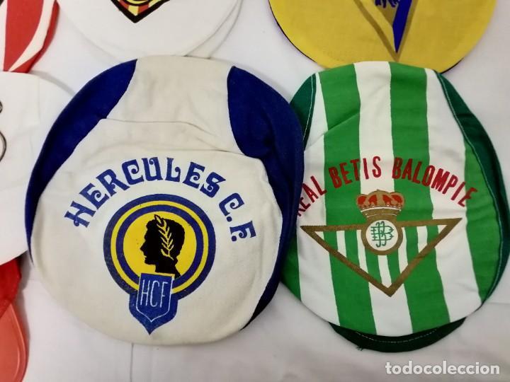 Coleccionismo deportivo: LOTE DE 17 GORRAS DE EQUIPOS DE FUTBOL ESPAÑOLES. - Foto 2 - 145486106
