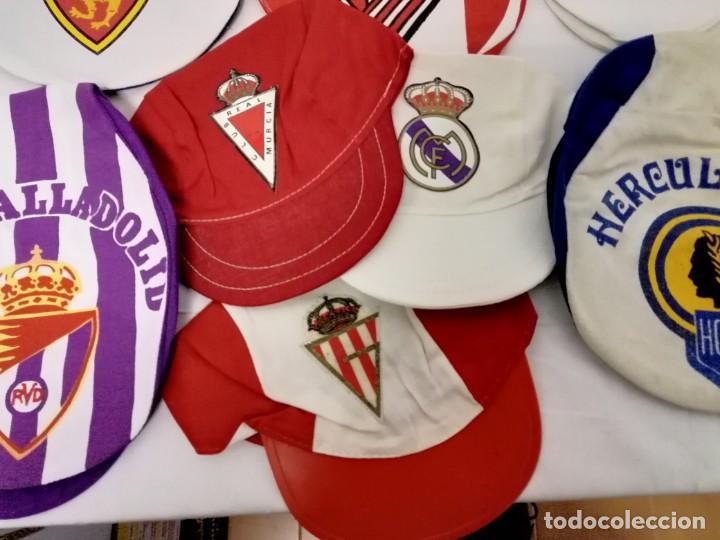 Coleccionismo deportivo: LOTE DE 17 GORRAS DE EQUIPOS DE FUTBOL ESPAÑOLES. - Foto 3 - 145486106