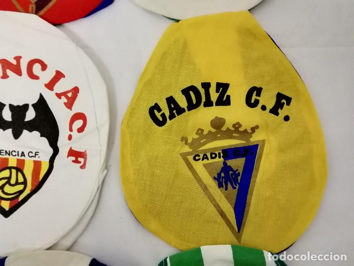 Coleccionismo deportivo: LOTE DE 17 GORRAS DE EQUIPOS DE FUTBOL ESPAÑOLES. - Foto 10 - 145486106