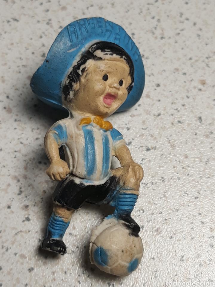 Coleccionismo deportivo: Llavero de gauchito, mascota del mundial de Argentina 1978 .No tiene el enganche - Foto 3 - 145662801