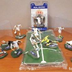 Coleccionismo deportivo: LOTE DE FIGURAS DE FUTBOL FT CHAMPS REAL MADRID. Lote 146278774