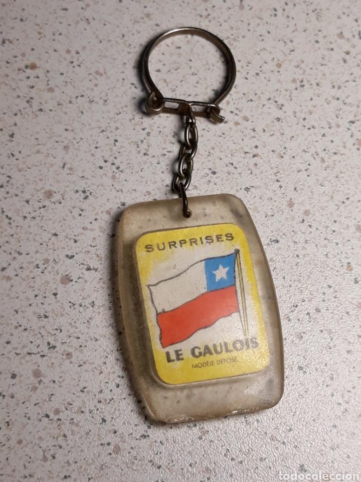Coleccionismo deportivo: Llavero en metacrilato del mundial de futbol de Inglaterra 1966 . Selección Chile. Gaulois - Foto 2 - 146606066