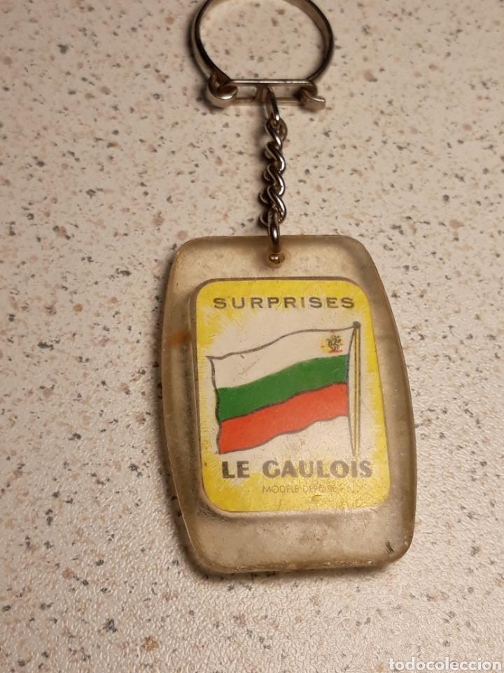 Coleccionismo deportivo: Llavero en metacrilato del mundial de futbol de Inglaterra 1966 . Selección Bulgaria . Gaulois - Foto 2 - 146648304