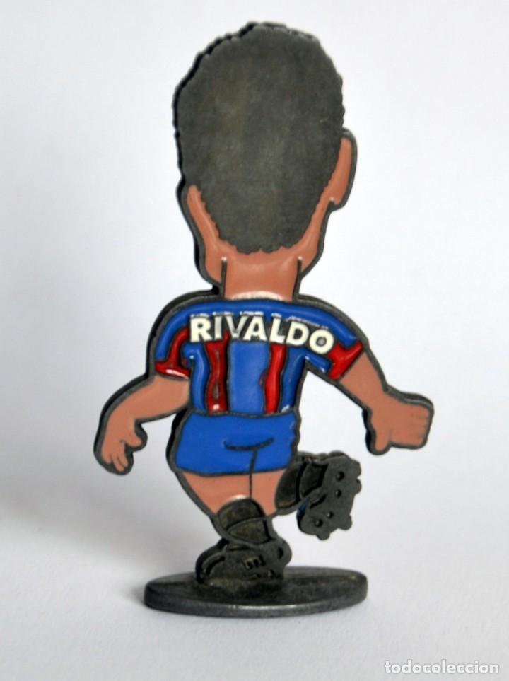 Coleccionismo deportivo: Figura de Metal - Jugador del Fútbol Club / FC Barcelona - Temporada 1998-99: RIVALDO - Foto 2 - 149866750