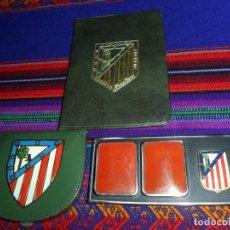 Coleccionismo deportivo: ESCUDO ATLÉTICO DE MADRID PORTAFOTOS SEAT 1500, MONEDERO PIEL, CARTERA PEÑA EUSEBIO REGALO INSTANTES. Lote 150313918