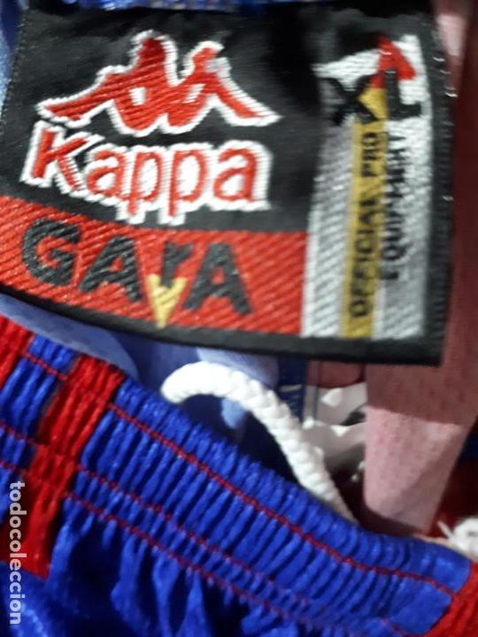 Coleccionismo deportivo: equipacion ( camiseta y pantalon ) kappa f.c. barcelona Supercopa de Europa 1997 Stoichkov - Foto 4 - 255982315