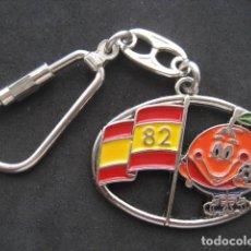 Coleccionismo deportivo: LLAVERO FUTBOL MUNDIAL ESPAÑA 82. NARANJITO . Lote 159431442