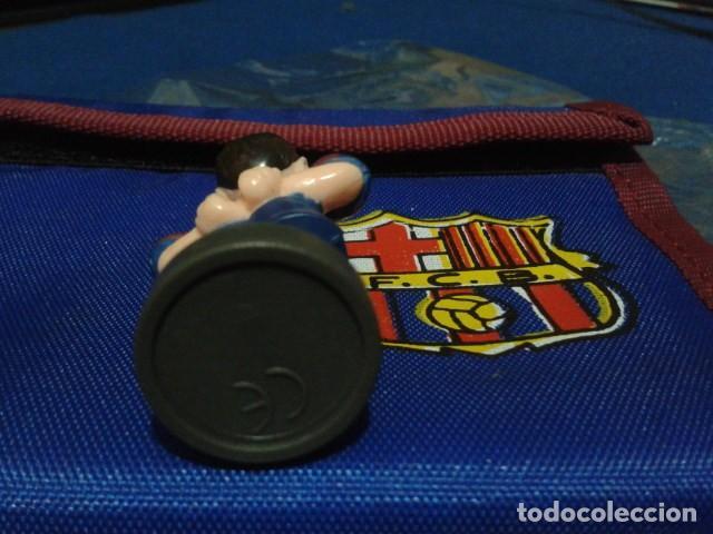 Coleccionismo deportivo: FIGURA F.C. BRCELONA ( XAVI HERNANDEZ ) DE 5´5 CM DE ALTURA - Foto 3 - 160515138