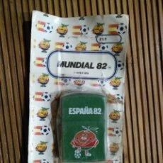 Coleccionismo deportivo: MECHERO NARANJITO VERDE MUNDIAL 82 FÚTBOL 1982 TUKO ZIPO ESPAÑA. Lote 161024544