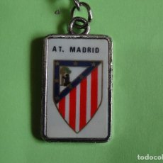 Coleccionismo deportivo: LLAVERO AT. MADRID. Lote 162770846