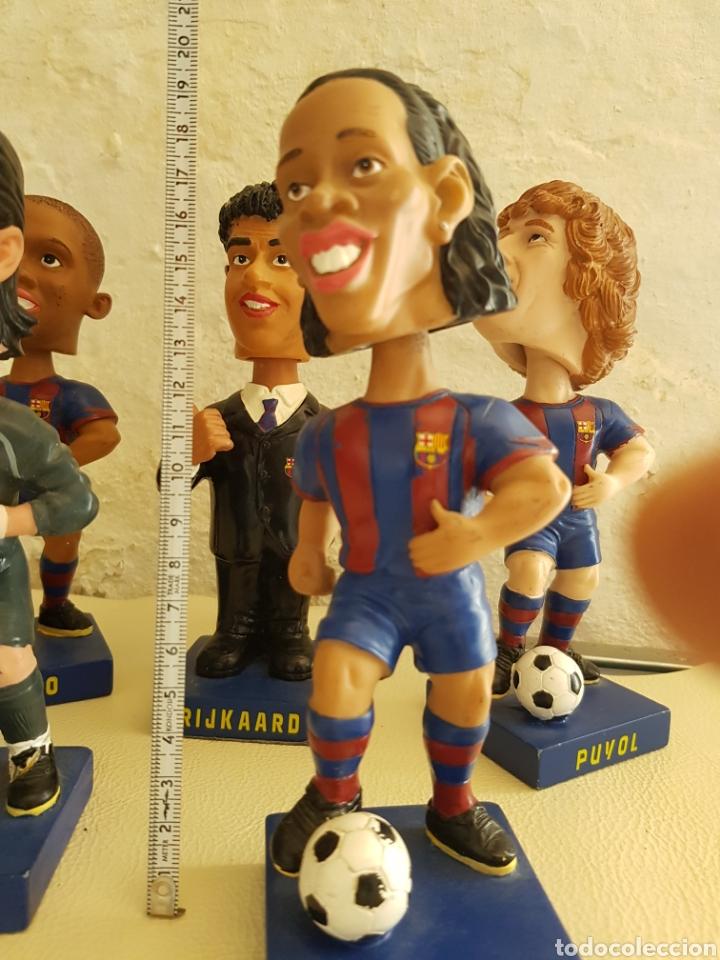 Coleccionismo deportivo: Lote bobble heads Futbol club Barcelona Etoo Puyol Ronaldinho Rijkaard V.Valdes sport oficial - Foto 2 - 164408818