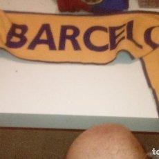 Coleccionismo deportivo: G-45 BUFANDA DE FUTBOL DE BARCELONA EL DE FOTO. Lote 165901114