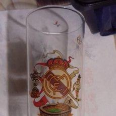 Coleccionismo deportivo: VASO DE TUBO DEL REAL MADRID. Lote 169046444