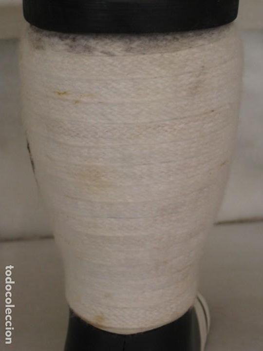 Coleccionismo deportivo: Botella de Brandy en forma de bota del Real Madrid. - Foto 4 - 169388304