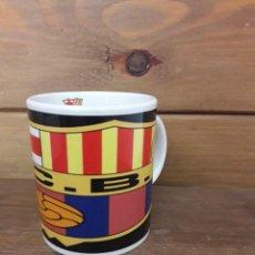 Coleccionismo deportivo: TAZA DEL F.C.B. FUTBOL CLUB BARCELONA. MIDE 9'5 CMS. DE ALTO. Lote 169532088