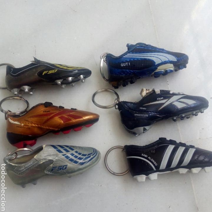 Coleccionismo deportivo: 6 LLAVEROS BOTAS FÚTBOL DIARIO MARCA - Foto 4 - 169742508