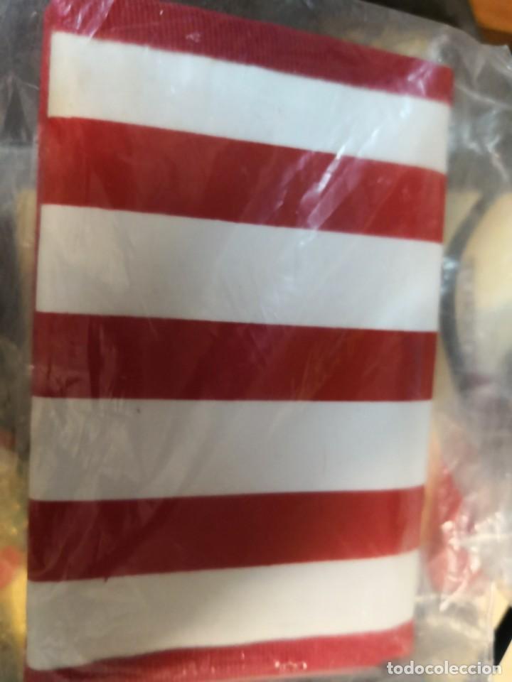 Coleccionismo deportivo: Pack lote colecciónables del Sevilla fútbol club de 4 llaveros más cartera - Foto 4 - 170555848