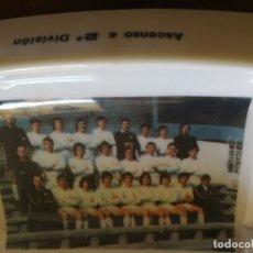 Coleccionismo deportivo: CENICERO DE PASTA ASCENSO 2ª DIVSION,CULTURAL Y DEPORTIVA LEONESA.-20X12 CM.. Lote 175350855
