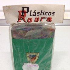 Coleccionismo deportivo: ANTIGUA RARA HUCHA DE BOLSILLO ATHLETIC CLUB DE FUTBOL BILBAO. Lote 175727234