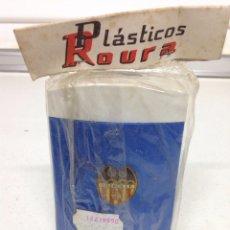 Coleccionismo deportivo: ANTIGUA RARA HUCHA DE BOLSILLO CLUB DE FUTBOL VALENCIA. Lote 175727302