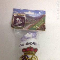 Coleccionismo deportivo: ANTIGUO RARO AMBIENTADOR ECOLÓGICO REAL MADRID. Lote 175728647