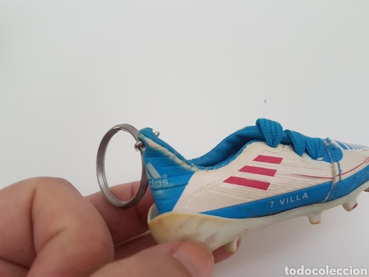 Coleccionismo deportivo: 8 Llaveros botas futbol. Iker Casillas, Messi, Villa, Xavi, etc... Marca. - Foto 5 - 178078302