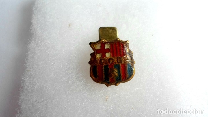 ANTIGUA INSIGNIA FC BARCELONA - BARÇA - PARA OJAL (Coleccionismo Deportivo - Merchandising y Mascotas - Futbol)