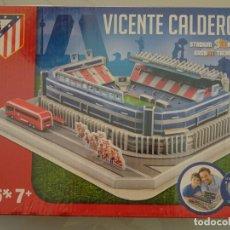 Coleccionismo deportivo: MAQUETA 3D DEL ANTIGUO ESTADIO CAMPO FÚTBOL VICENTE CALDERÓN. OFICIAL ATLÉTICO DE MADRID. 490 GR. Lote 180126758