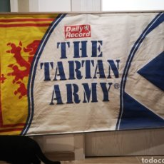 Coleccionismo deportivo: 150 X 90 THE TARTAN ARMY DAILY RECORDS BANDERA. Lote 183851333