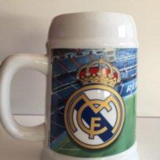 Coleccionismo deportivo: JARRA DE CERVEZA REAL MADRID 16CM. Lote 184187873