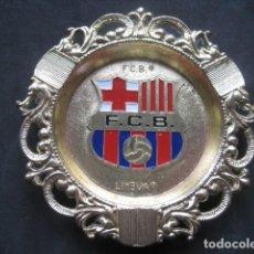 Coleccionismo deportivo: CENICERO METAL FUTBOL CLUB BARCELONA. BARÇA. Lote 190042836