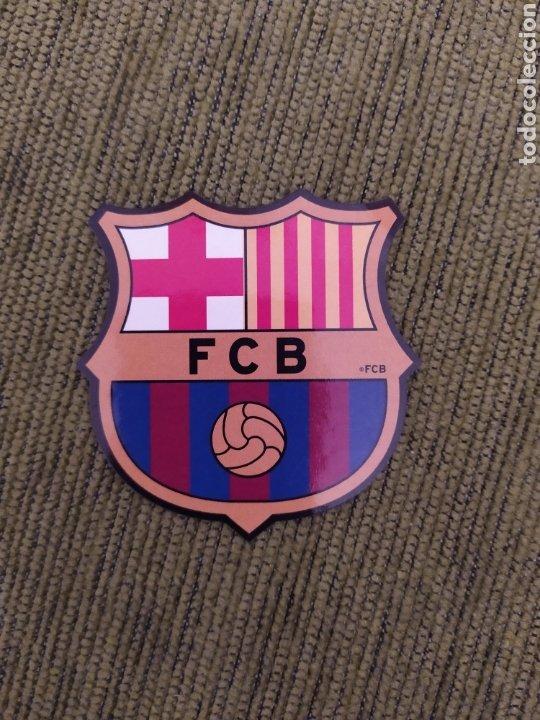 Coleccionismo deportivo: 2 PEGATINAS. ESCUDO BARÇA Y BASKET FC BARCELONA. - Foto 3 - 190104356